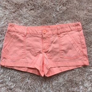 Neon coral colored shorts - Size 7 (fit 6)